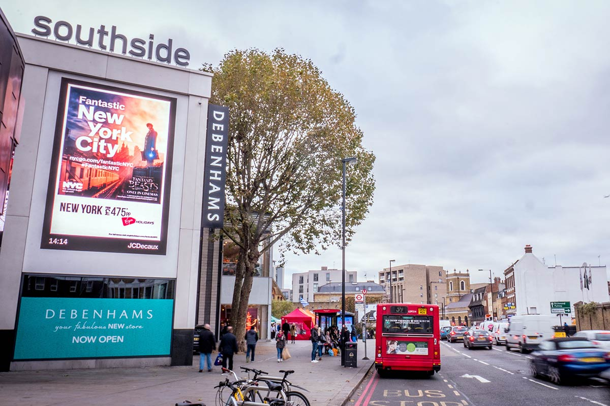 Southside-Shopping-Centre-Large-Outdoor-DOOH-Screen